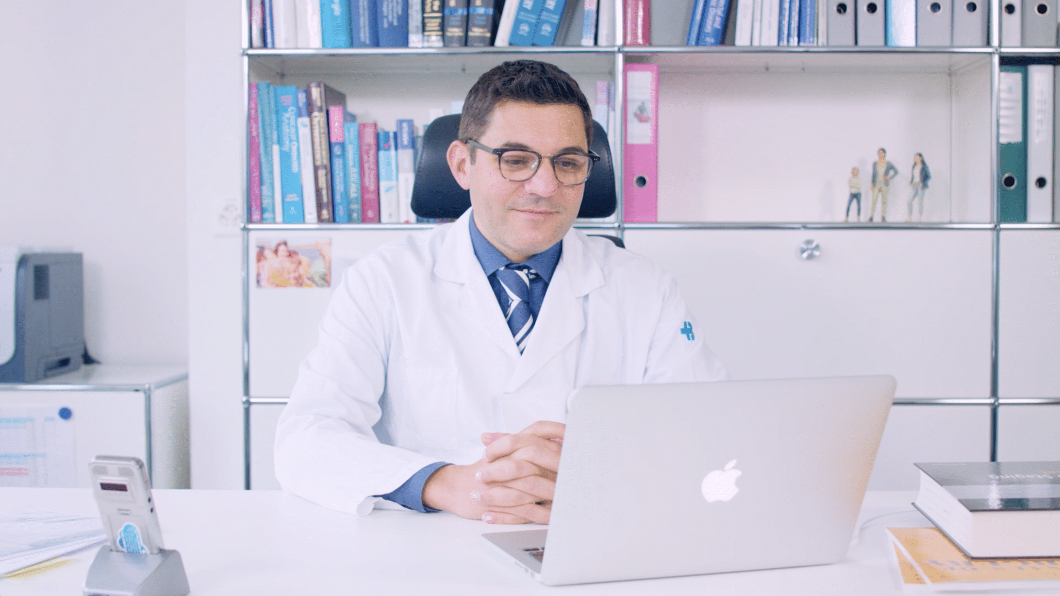 Prof. Dr. med. A. Nocito am Laptop